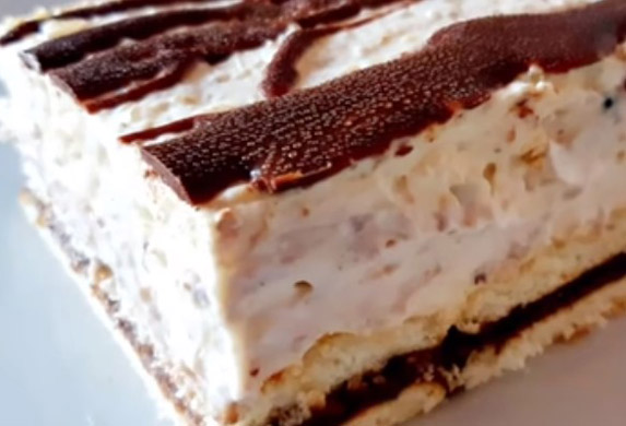 Kolač Kinder Bueno bez pečenja! (VIDEO RECEPT)