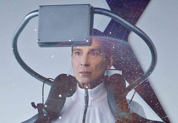 Masimo Savić u novom spotu poleteo u neobičnoj mašini! (VIDEO)