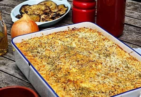 Lagani ručak! Musaka od povrća i sira! Prste da poližeš!