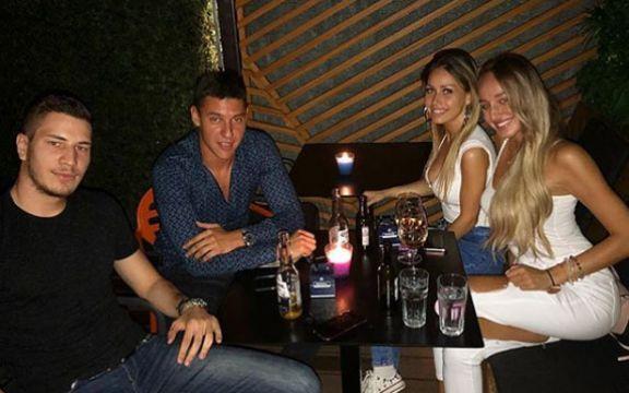 75bae6dc0e Luna Đogani ima novog dečka! Ovo je on!!! - ShowBiz - Region - Vesti ...