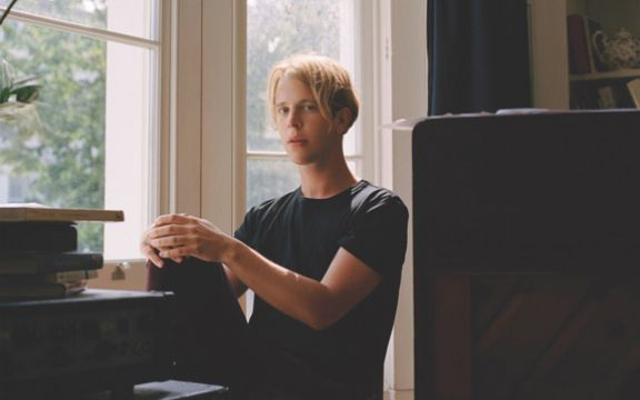 Tom Odell: Novi spot pre koncerta u Beogradu! (VIDEO)